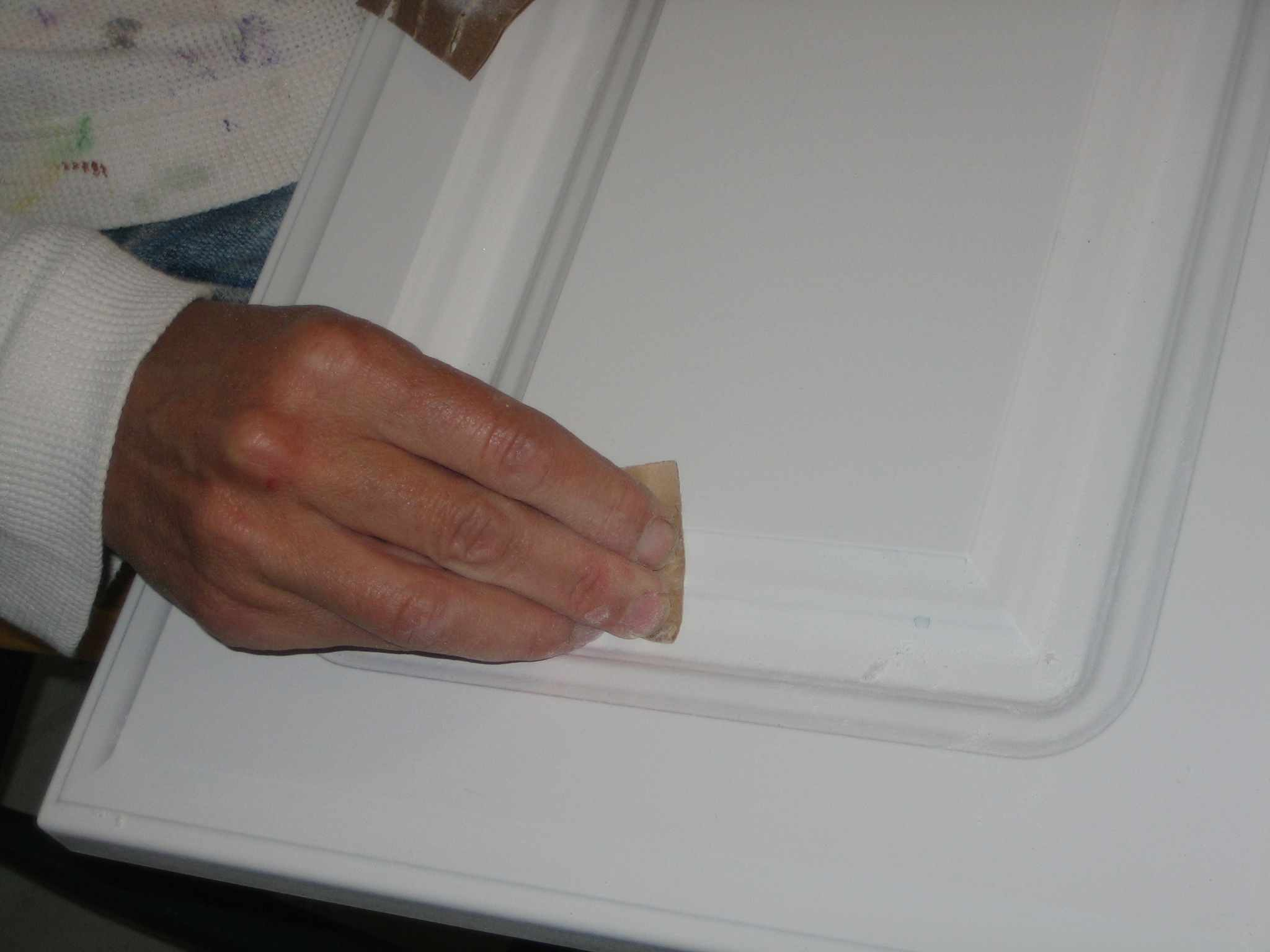 my kitchen cabinets they need help repaint kitchen cabinets How to repaint Kitchen Cabinets