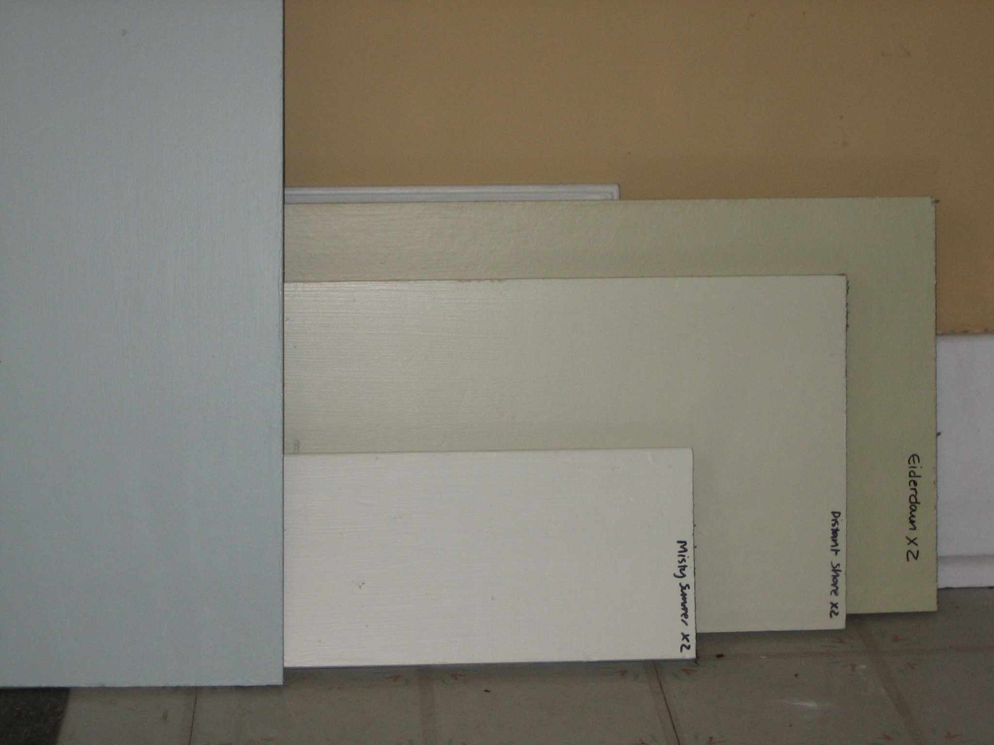 Painting kitchen cabinets hammer like a girlhammer like for Samples of painted kitchen cabinets