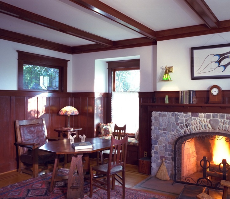 craftsman interior, craftsman wainscot, craftsman fireplace