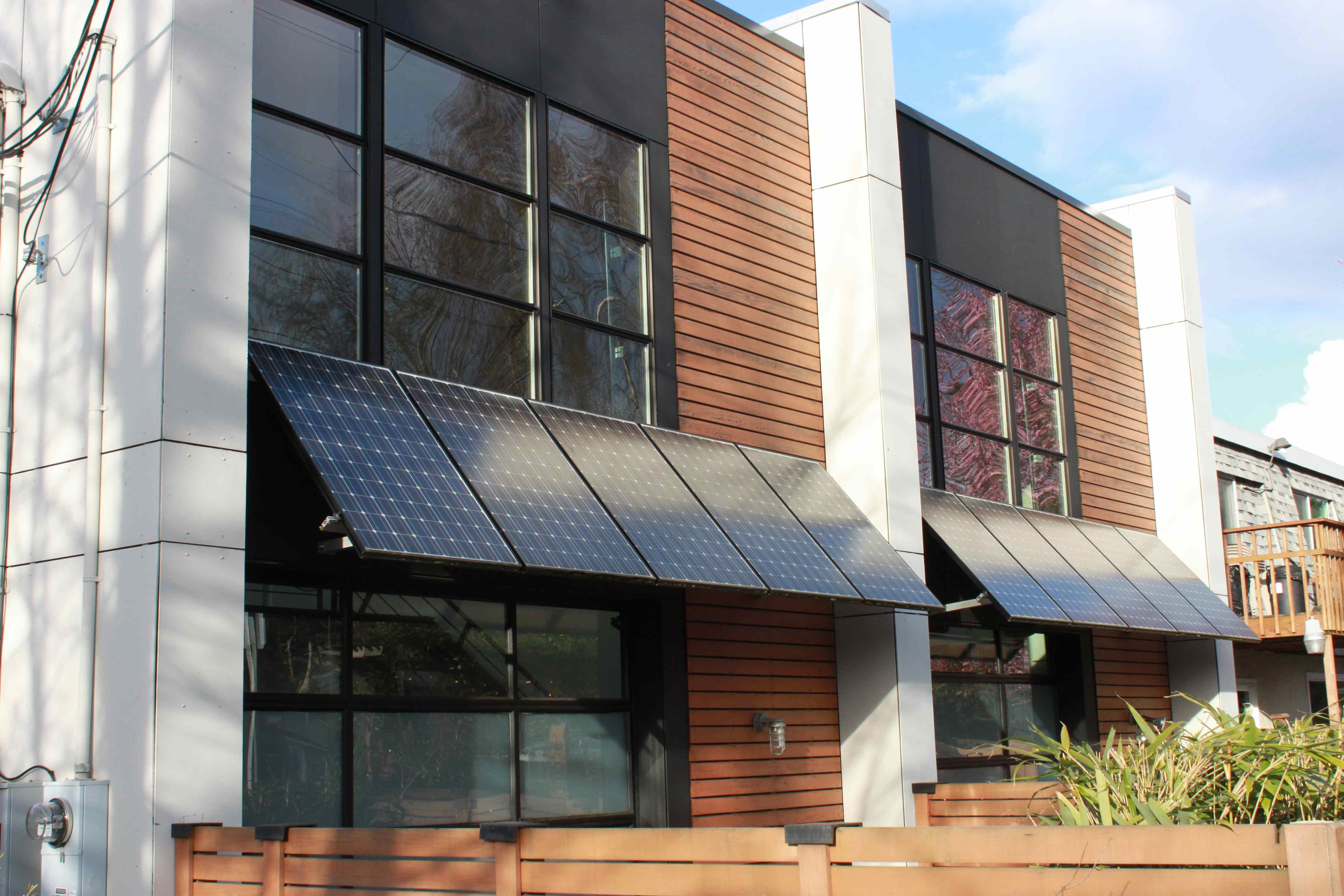Solar Panels Used As Awning Hammer Like A Girl