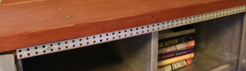 Metalcupboard_feature