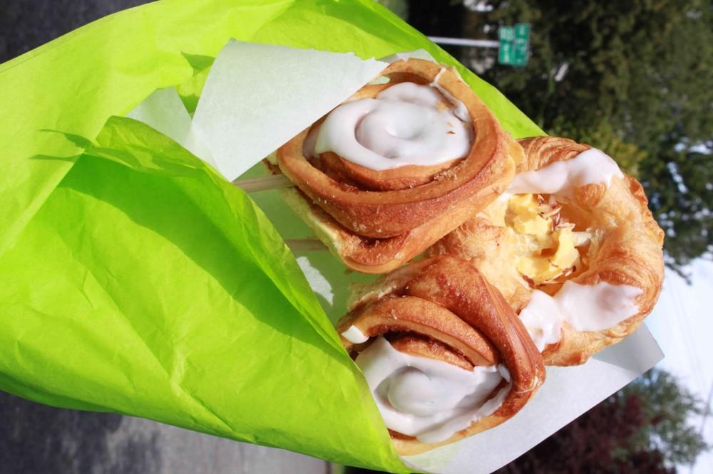 Matheia cinnamon rolls